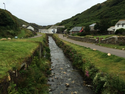 Boscastle Harbour from the bridge