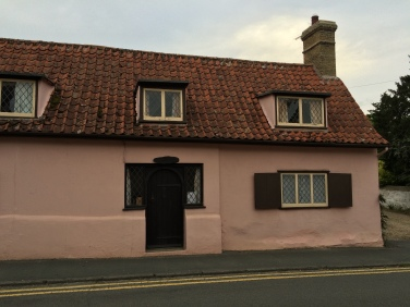 pink washed house, Swaffham Prior